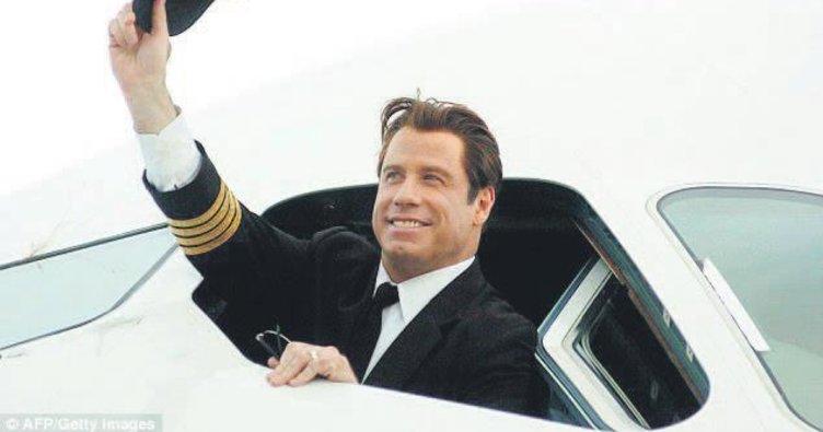 Travolta uçağını müzeye bağışladı