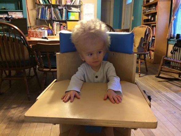 Hastalığı yüzünden ailesi tarafından terk edilen çocuk yaşama böyle geri döndü!