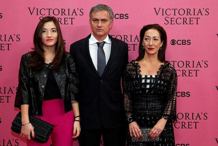 Mourinho'nun kızı evden kaçtı!