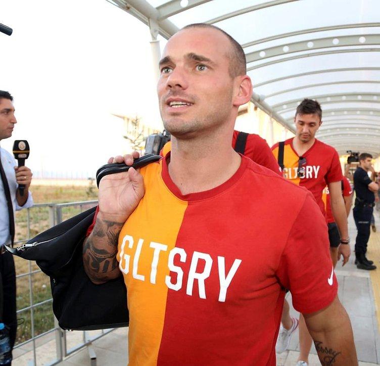 Sneijder'e 4.5 milyon Euro
