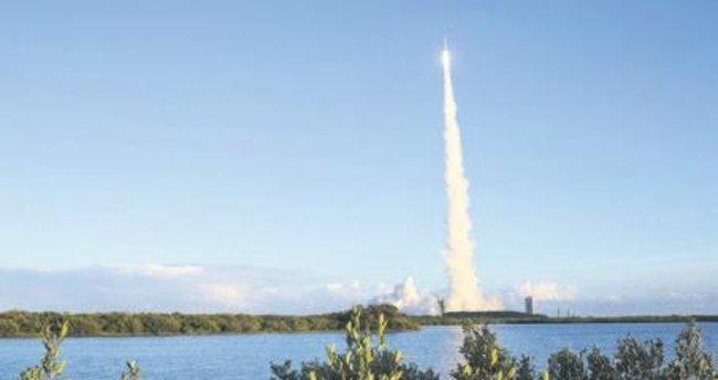 NASA göktaşına uzay aracı yolladı