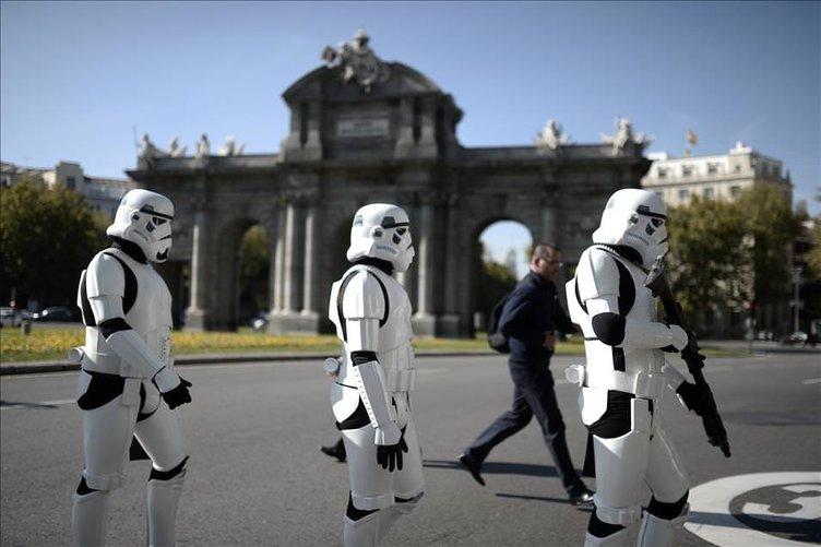 Star Wars karakterleri sokağa çıktı