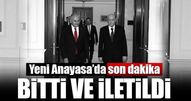 Yeni anayasa metni tamamlandı ve MHP'ye iletildi! Top iki liderde