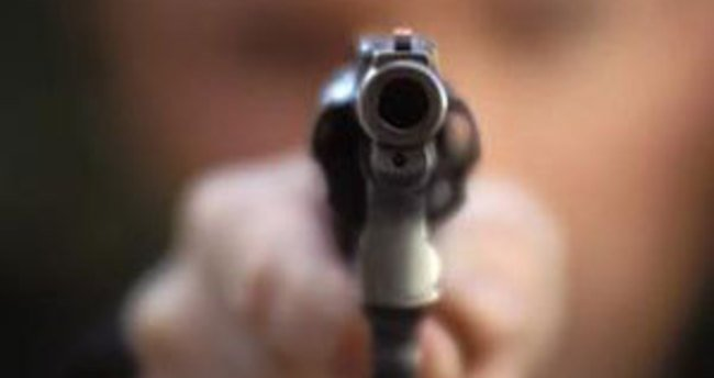 Adana'da emlakçıya silahlı saldırı