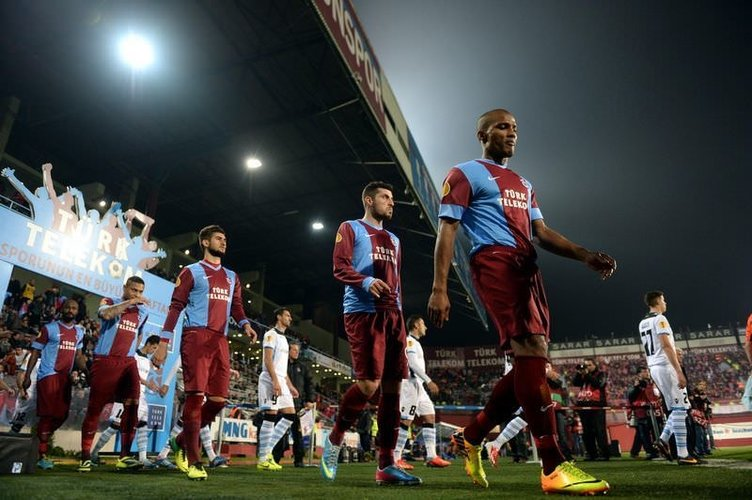 Trabzonspor - Limassol maçından kareler