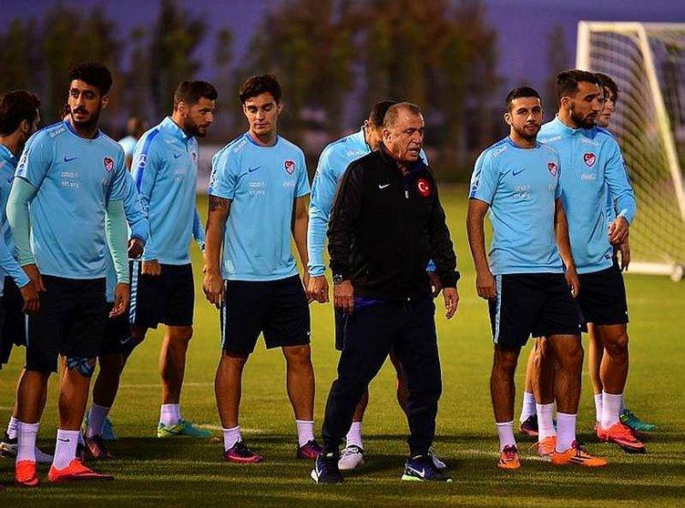 'Bu futbolcuların hepsi paragöz!'