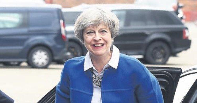İngiltere Başbakanı AB'ye meydan okudu