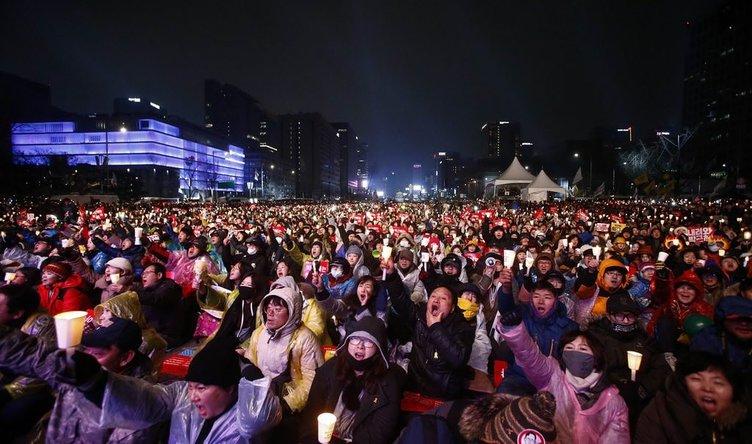 Güney Kore Devlet Başkanı istifa edeceğini duyurdu