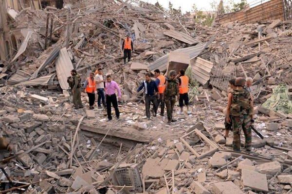 ABD Dışişleri Bakanı Kerry: Halep'teki saldırılarının hiçbir mazereti olamaz