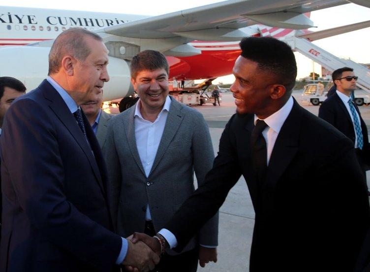Eto'o da Erdoğan'ı karşılamaya geldi