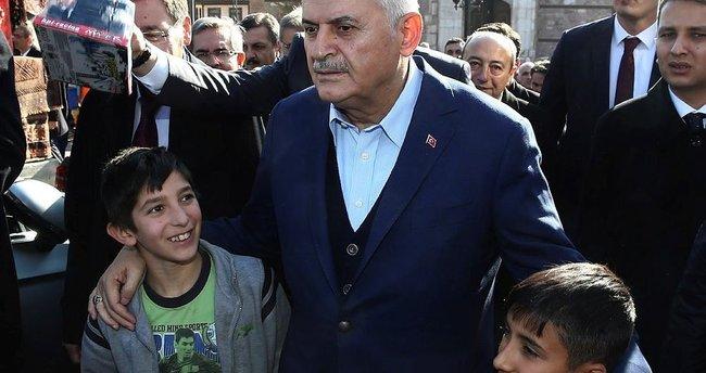 Başbakan Yıldırım'dan esnaf ziyareti