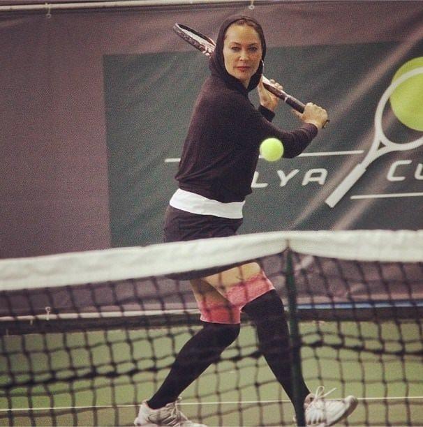 Jartiyerli tenis maçı