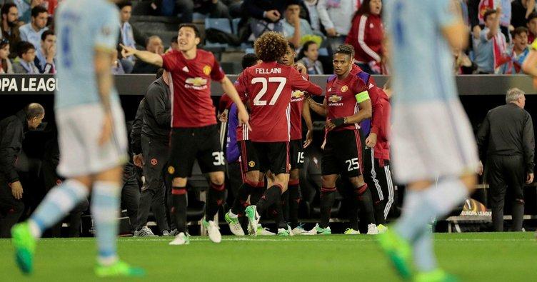 Manchester United finali yarıladı