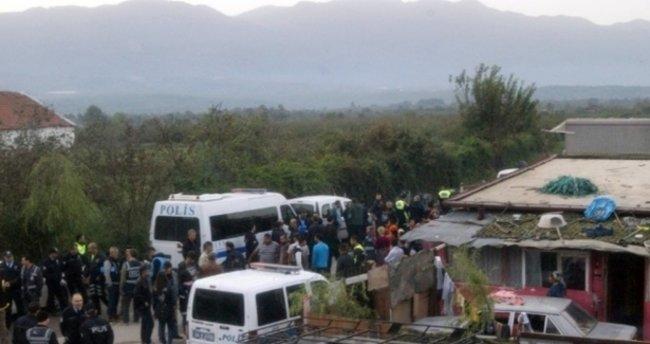 Sakarya'da 300 polisle operasyon