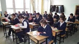 Liselerde haftalık ders saatleri değişti