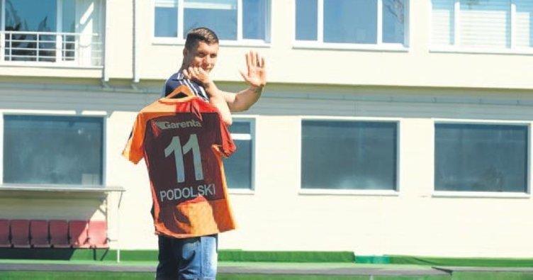 Podolski'den ilk veda