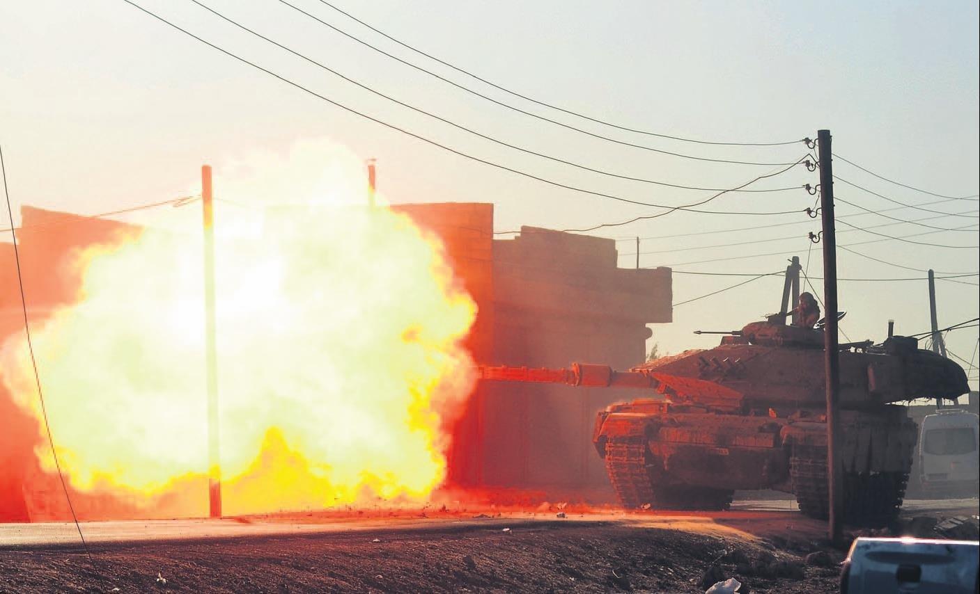 Terör örgütü PYD karadan da kıskaçta