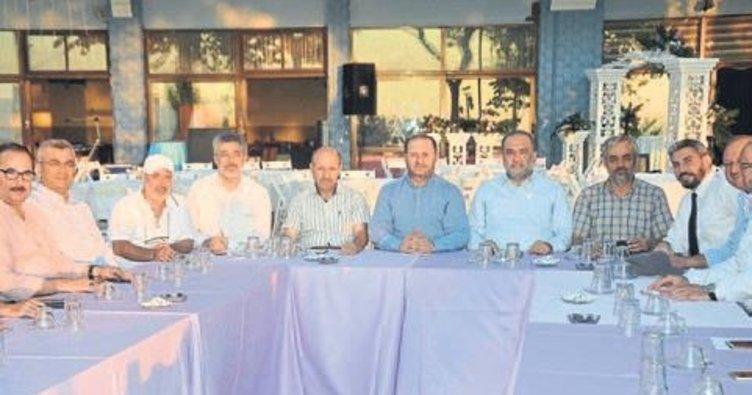 İzmirlilere Konak Meydanı daveti