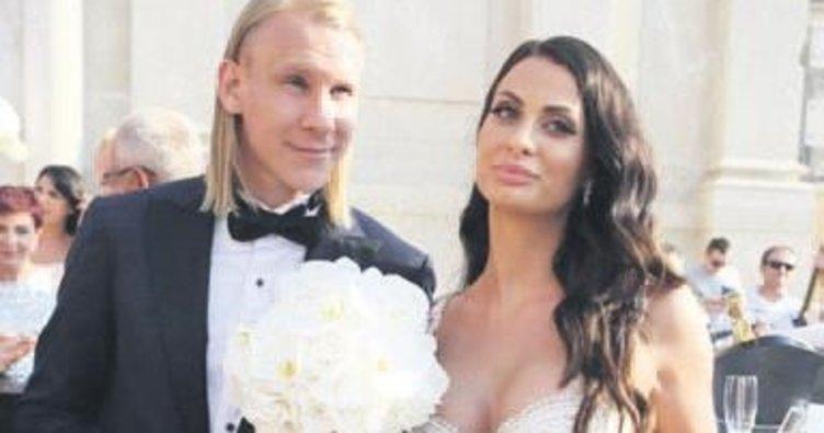 Vida, Ivana'ya 4 yıl sonra yüzüğü taktı
