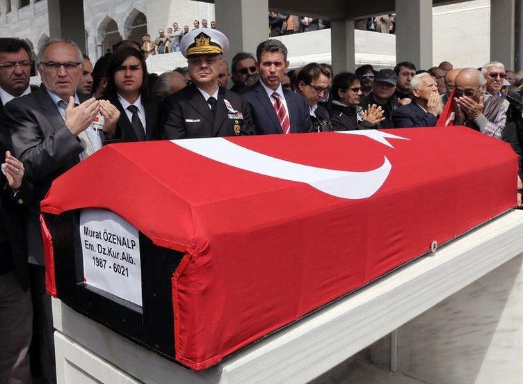 Kurmay Albay Özenalp toprağa verildi