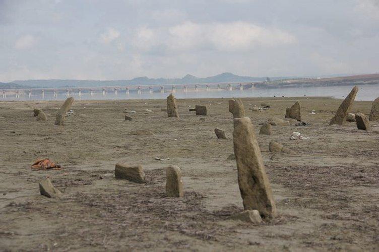 Yarım asırlık mezarlık ortaya çıktı