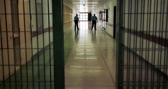 İstanbul'daki cezaevlerine operasyon! 75 gözaltı