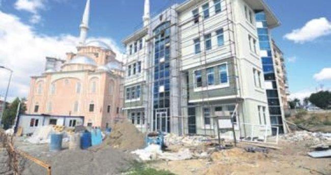 Kültür merkezi hızla tamamlanıyor