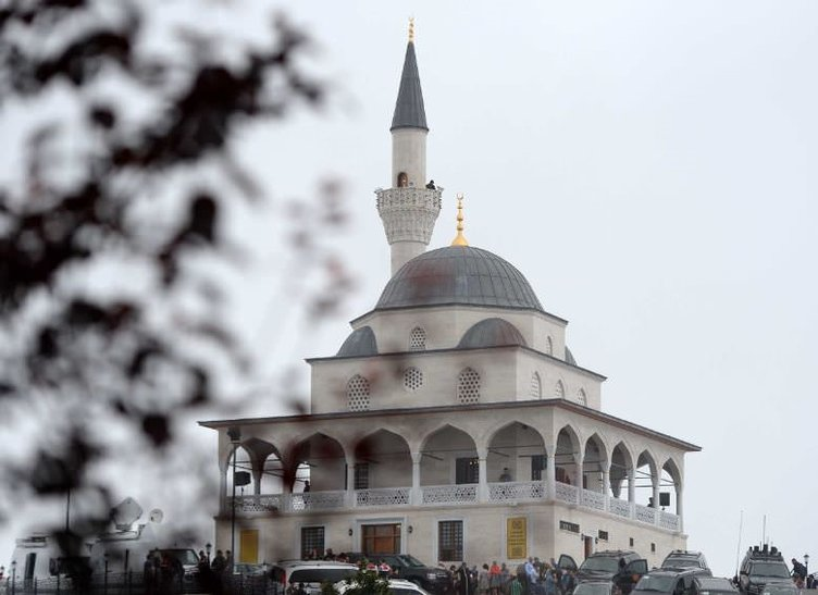 Kıble Dağı Camisi açıldı