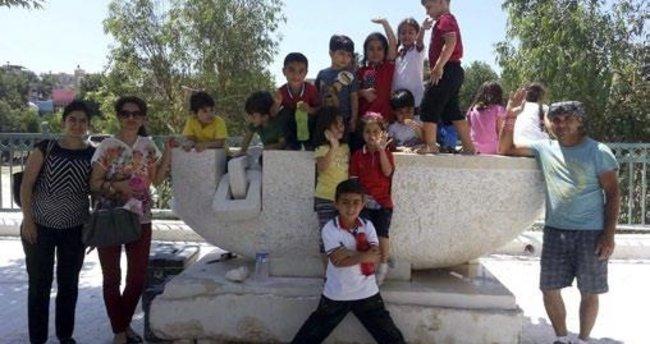 Silifke'de bulunan 'Göçmen İzleri' heykeli onarıldı