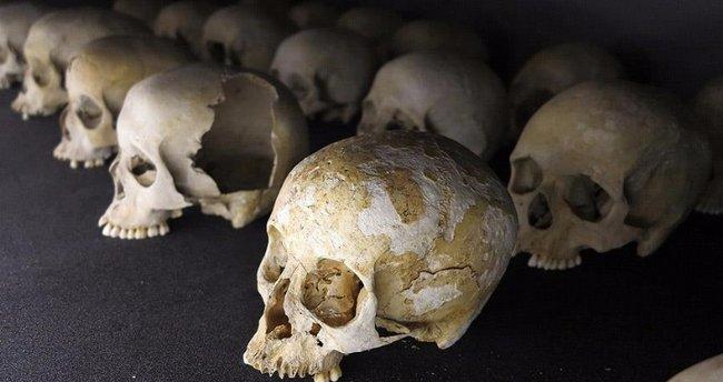 Katolik Kilisesi soykırımdaki rolü nedeniyle özür diledi