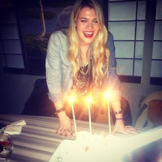 Derya Şensoy doğum gününü kutladı