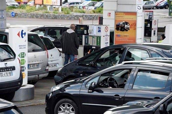 Avrupa'nın göbeğinde benzin krizi