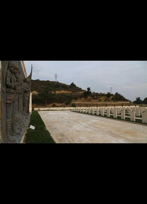 Çanakkale Destanı'nı mezar taşları anlatıyor