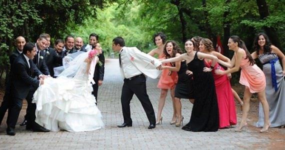 Yeni evlendiğinizi cümle aleme duyurmanın 12 yolu!