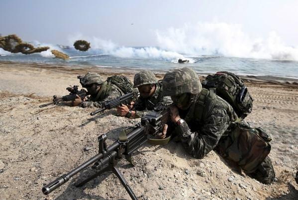 Kuzey Kore'yi çıldırtan görüntüler