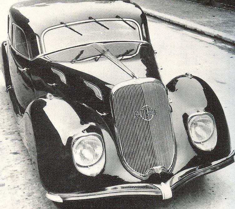 Tarihe karışan otomotiv devleri