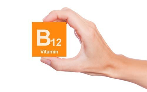 B12 eksikliği hastalıklara davetiye çıkarıyor