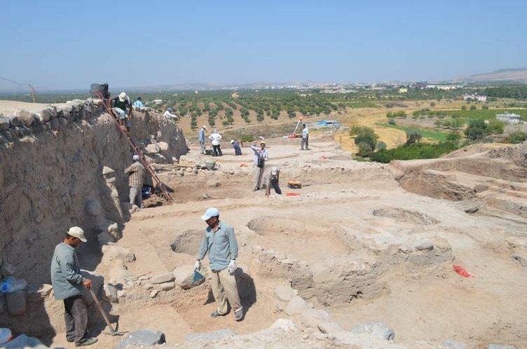 Oylum Höyük'teki kazı çalışmaları