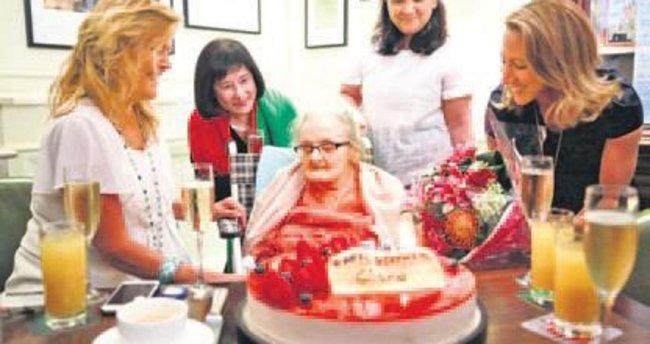 En yaşlı dış haberci 105. yaşını kutladı