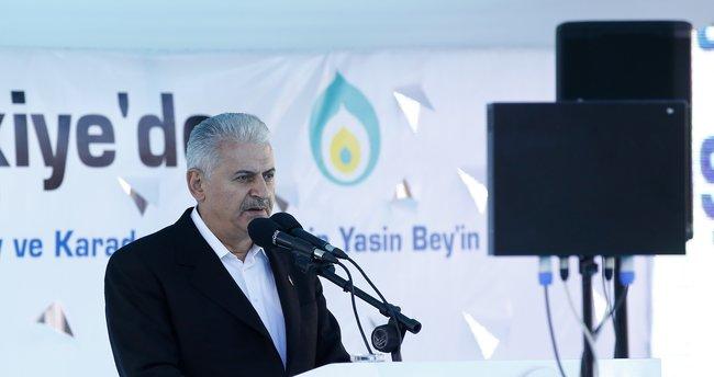 Başbakan Yıldırım'dan gazetecilere Maliye Bakanı esprisi