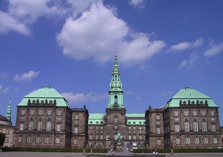 İşte 34 ülkenin parlamento binası