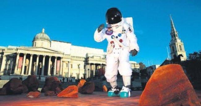 Mars'ı Londra'ya getirdiler