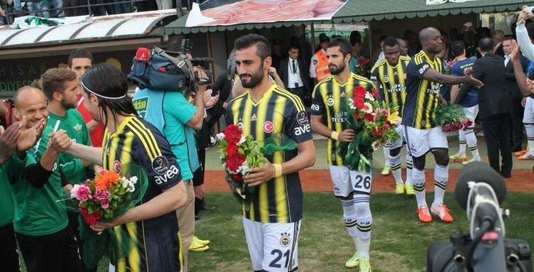 Akhisar Belediyespor'da Fenerbahçe'ye jest