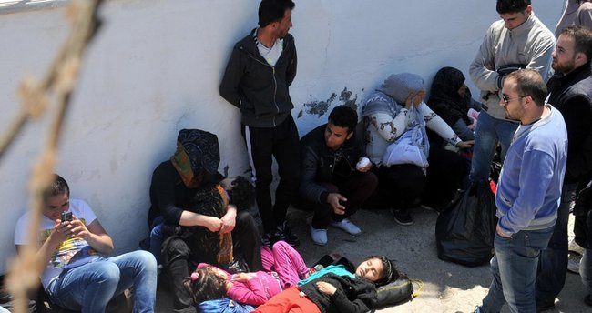 Çeşme'de 85 kaçak yakalandı