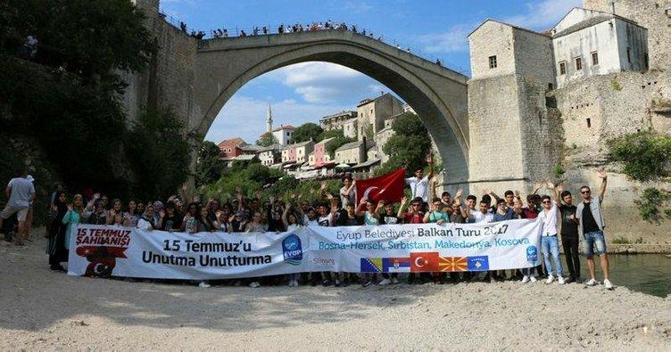 Mostar'da 15 Temmuz pankartı