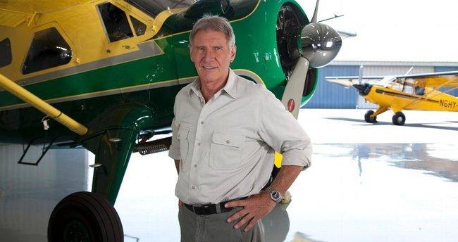 Amerikan sinema oyuncusu Harrison Ford ölümden döndü
