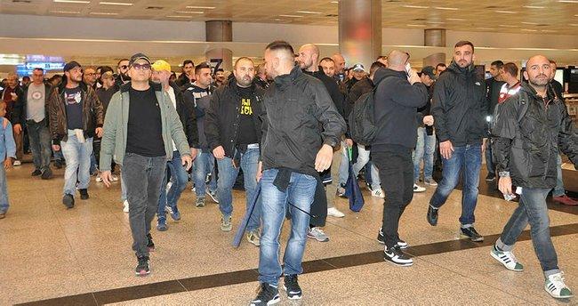 Napoli taraftarları İstanbul'a geldi!
