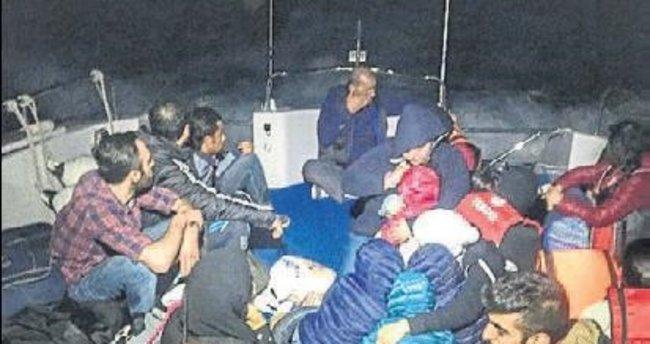 Alanya ve Kaş'ta 45 göçmen yakalandı