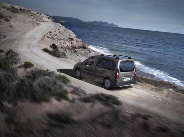 Peugeot Partner yenilendi