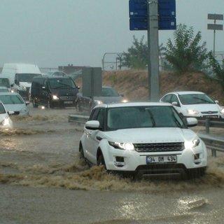 Sigorta şirketleri beklenen yağmur öncesi harekete geçti